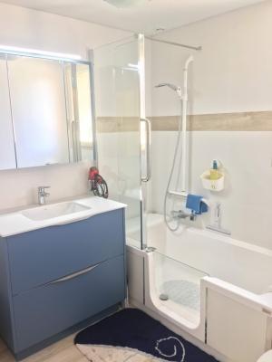 Exemples d\'aménagements Salle de bain avec baignoire ...